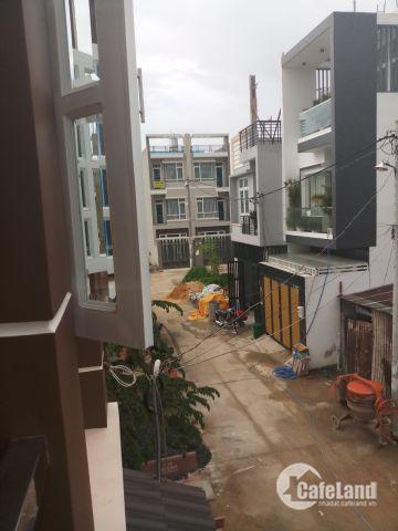 Bán nhà phố 2 mặt tiền Q12, 1 trệt 2 lầu nhà mới ở chưa lâu, SHR chính chủ đăng tin
