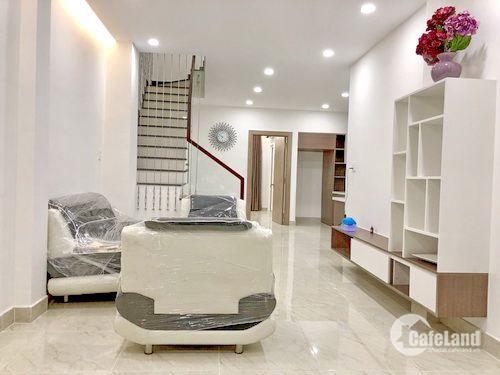 Bán nhanh nhà mt đs 49 phường Bình Thuận, quận 7. Giá: 8.2 tỷ
