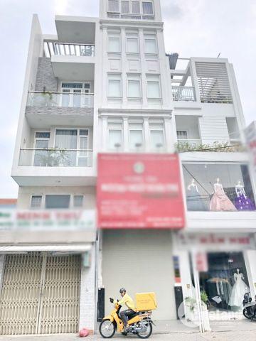 Bán gấp nhà 3 lầu mặt tiền Lâm Văn Bền quận 7.