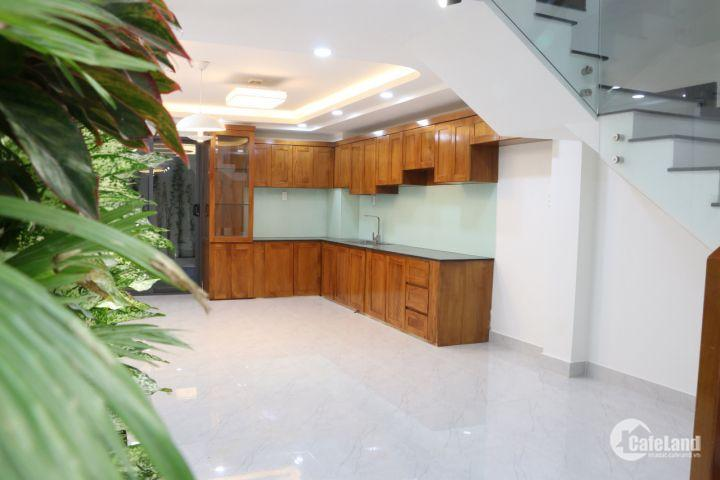 Bán nhà phố cao cấp đường Dương Quảng Hàm, Gò vấp, Tp HCM