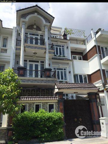 Bán nhà HXH 489 Huỳnh Văn Bánh, nhà đẹp nhất cung đường DT 4,5x11m, 3 lầu, giá 7,7 tỷ
