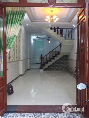 Bán gấp nhà HXH đường Âu Cơ, Quận Tân Bình, 92m2, SHR