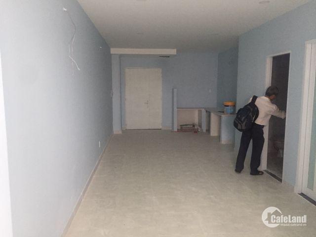 Chính chủ cần bán gấp căn hộ 2PN 2WC, 68m2 vào ở ngay hỗ trợ vay 50%, phường Phú Trung