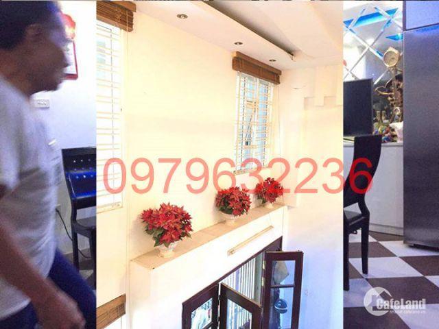 Gia đình bán gấp, nhà đẹp lô góc, ở ngay, 5x8, 5 tỷ, Vũ Trọng Phụng, Thanh Xuân.