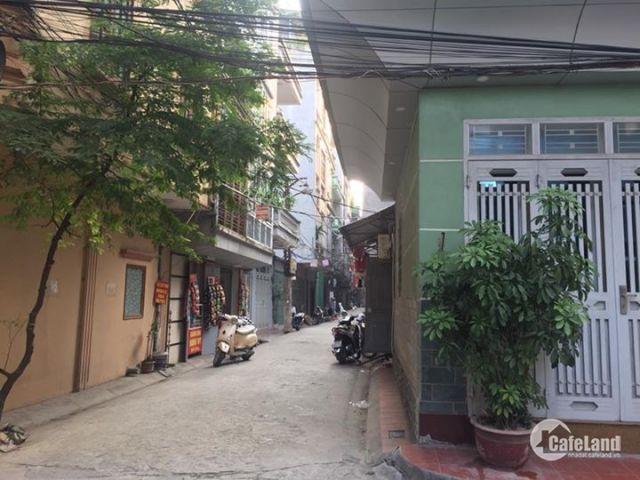 Siêu Phẩm trong tầm giá 3 tỉ, nhà lô góc phố Nguyễn Tuân 30m2, 7m mặt tiền, ô tô tránh.