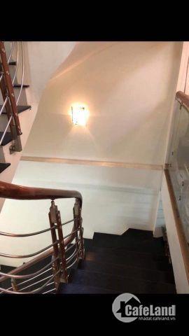 Nhà Quan Nhân, Thanh Xuân, thang máy, view hồ Quan Nhân, ô tô đỗ cửa, giá 14,5 tỷ