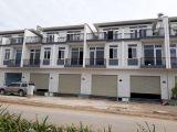 Nhà Phố 1 Trệt, 2 Lầu, DTSD 240m2, cuối đường Nguyễn Văn Bứa, Gía 1,8 tỷ.LH: 0384422082