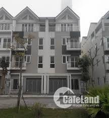 Cho thuê nhà liền kề A10 nam trung yên , dt 75m2 xây 4,5 tầng giá 50 tr/ tháng lh 0984250719