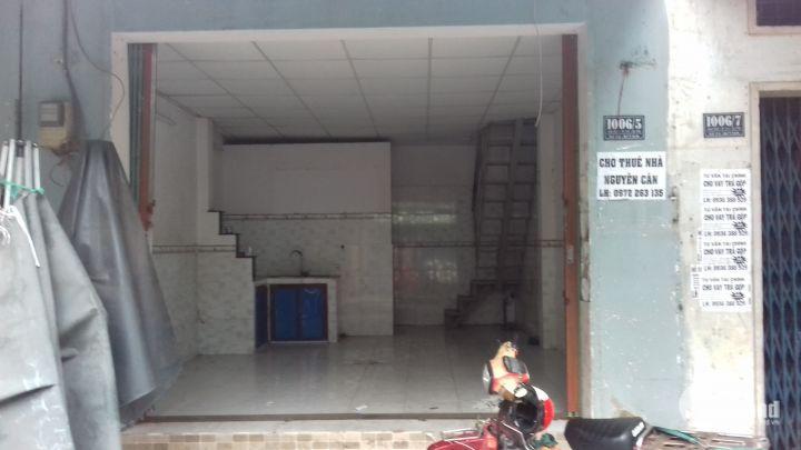 Cho thuê nhà ngay chợ Võ Thành Trang, Tân Bình