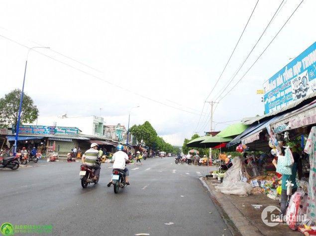 Ông xã làm ăn thua lỗ cần bán 600m2 đất chợ trong KCN Malaysia giá 449tr