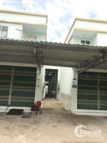 Bán nhà mặt phố tiện kinh doanh ngay mặt tiền QL13