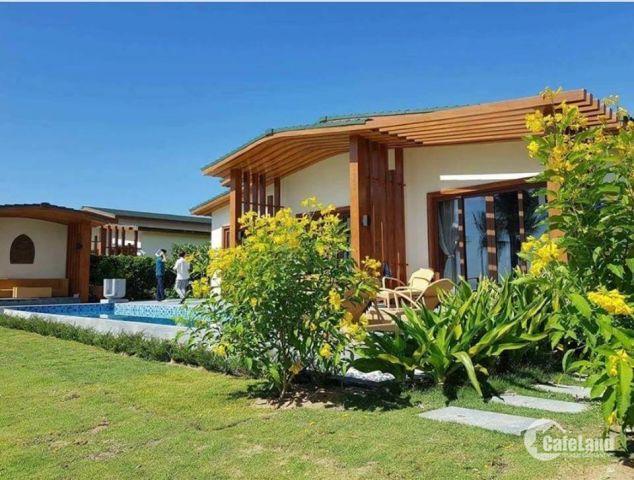 Cần bán biệt thự Movenpick Nha Trang giá 5,8 tỷ - căn góc - ck 300 triệu