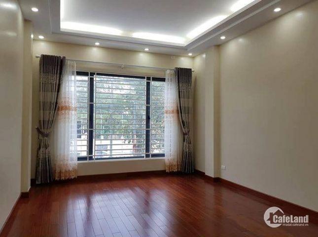 Chính chủ bán nhà ngõ phố Thái Hà, dt 57m2*4 tầng. Giá 5.3 tỷ