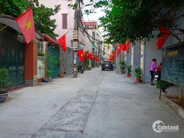 Bán nhà Phân lô, Ôtô đỗ Mỗ Lao, Hà Đông, 40m2, MT 4.7m. Giá 2.5 tỷ. LH 0988954278.
