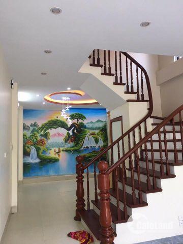 Bán  nhà phố Trương Định *, oto đỗ cửa 52m2 x 5 tầng. giá 5,3 tỷ