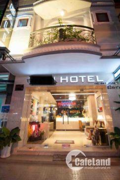 Khách sạn 1 Sao 15 phòng khu phố Tây Q1 Giá 23,5tỷ thu nhập 240tr