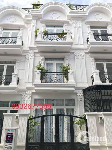 Cần bán gấp căn nhà 3 tầng đường Tân Thới Hiệp 07,gần trường THCS  Nguyễn Hiền,sau Metro giá 1,36 tỷ