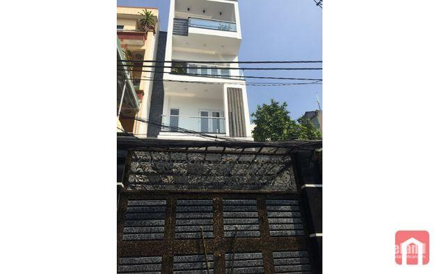 Bán gấp nhà HXT 8m Trần Quang Diệu ,dt 5.6*13.5m,giá 13.5 tỷ