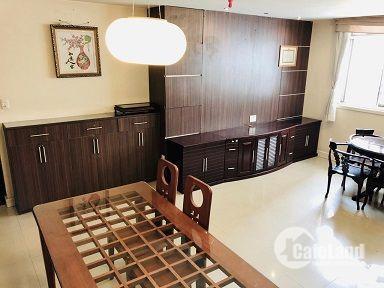 Chính chủ Bán gấp căn hộ Screc Tower 104m² 3 PN Q3, TP Hồ Chí Minh.