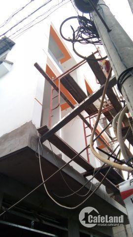 NHÀ đẹp mới,chỉ 1ty720tr,2 lầu, tại đường 138.Q9