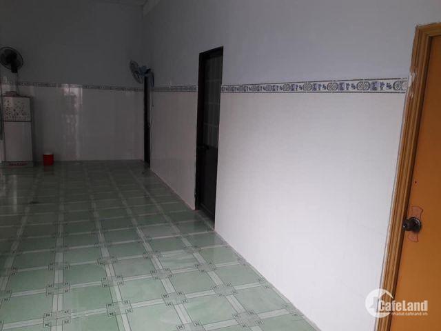 Bán nhà p6 Long An nhà còn mới tặng nội thất