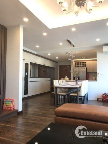 Cần bán căn hộ 04 PN diện tích 160m2, full nội thất, bao phí dự án Goldmark City.