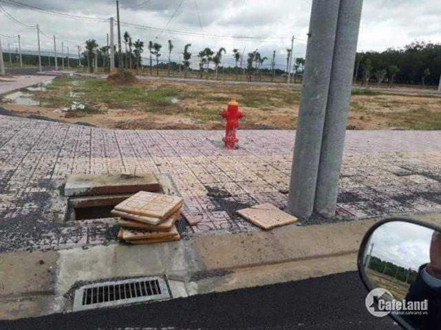 Bán đất mặt tiền QL14, ngay KCN Becamex.