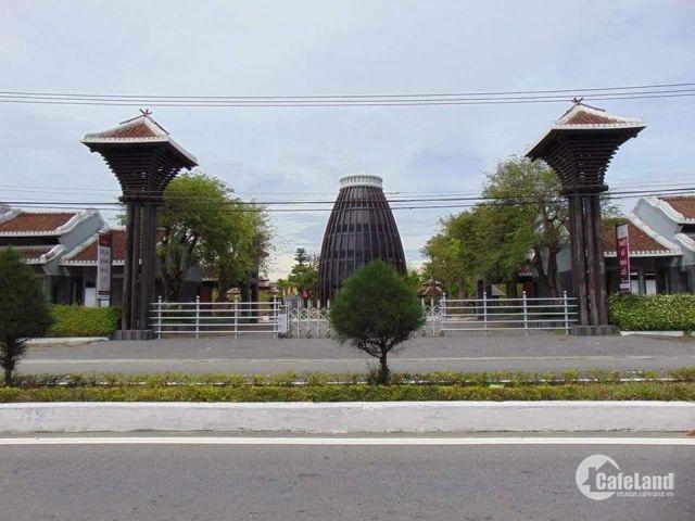 Chính chủ cần bán lô đất đối diện bãi tắm Hà My_ Hội An, giá đầu tư.
