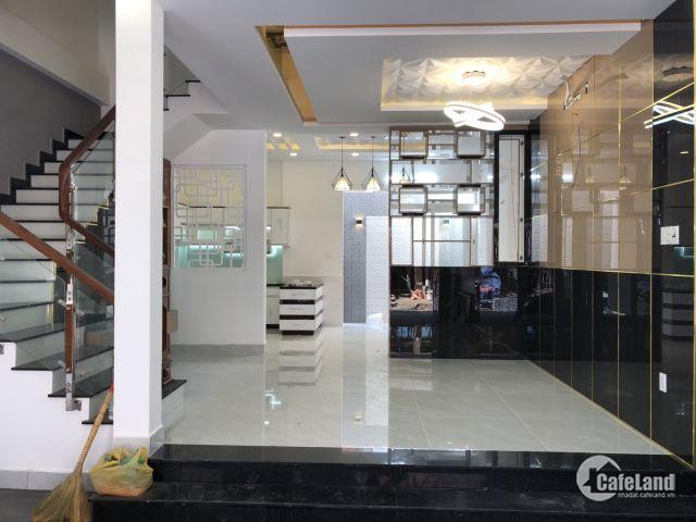 Bán nhà phố cao cấp đường Đào Tông Nguyên, Thị trấn Nhà Bè, DT 6 x 13.5m, 3 lầu đúc, giá 5.8 tỷ