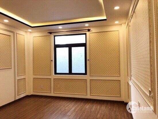 Bán nhà chính chủ 120m2 giá 11,4 tỷ mặt tiền Nguyễn chí Thanh quận 10