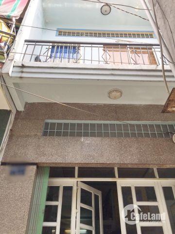 Bán gấp nhà 1 lầu đẹp hẻm 692 Đoàn Văn Bơ quận 4.