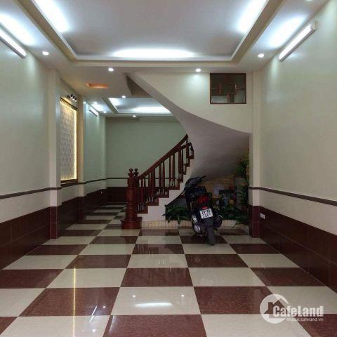 Bán nhà Thanh Xuân 11.8 tỷ, 60m2 Mặt phố Nguyễn Ngọc Nại