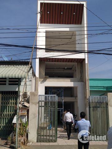 Bán gấp căn nhà phố chính chủ nằm ở phường Phú Hòa