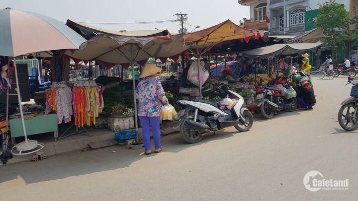 Bán lô đất 140m2 trên Mạt Tiền đường 12m2 đối diện chợ Xuân Thới Thượng giá 960tr Sổ Hồng Riêng