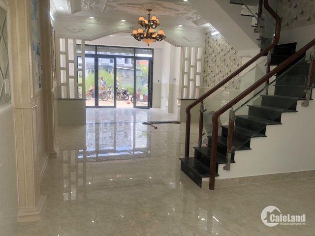 Bán nhà kiểu biệt thự đường Đào Tông Nguyên khu OMely DT 5m x 16m, 3 lầu, 4 PN, phòng thờ, 5.6 tỷ