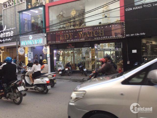 Cho thuê MP Trung Hòa 135m2x5 tầng MT 5m Vị trí siêu đẹp