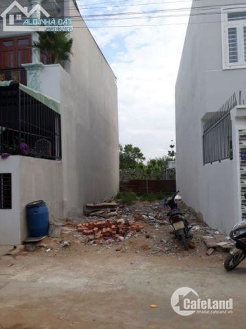 Chính chủ bán gấp 2 lô đất ở thị trấn Cần Đước 90m2, giá chỉ 600 triệu
