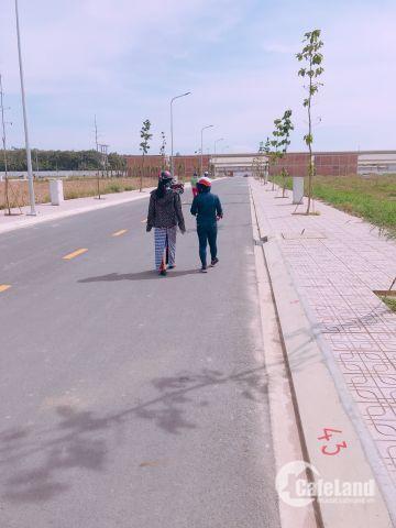 Đất nền sổ đỏ ngay chợ Hội Nghĩa,KCN Nam Tân Uyên,chỉ 800tr/nền,DT 100m2,LH:0981.633.644
