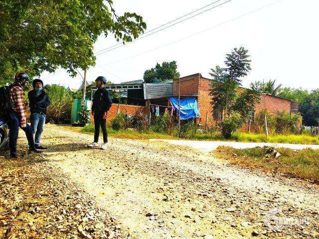 Bán đất có sổ riêng 5,6x21m ngay khu công nghiệp Trảng Bàng dân cư đông đúc.