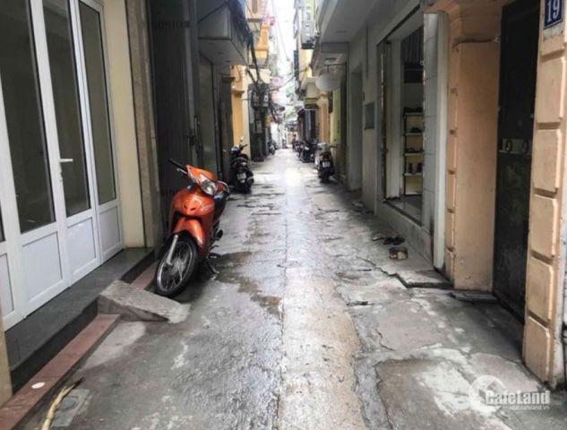 Bán nhà riêng phố Phạm Ngọc Thạch - DT 30m - 3,5 tỷ.