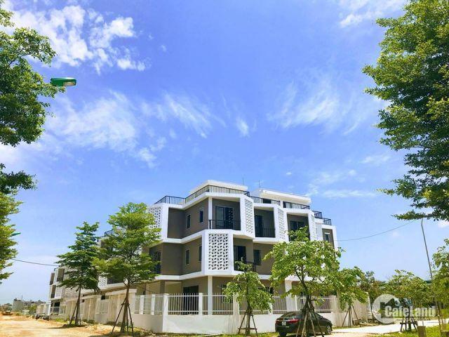 Vị trí vàng Hoài Đức với nhà 4 tầng, mặt tiền 6m, ô tô đỗ trước nhà, thuận tiện đầu tư KD buôn bán