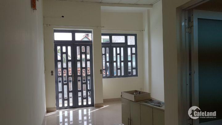 Cần bán nhà ngay đường Bùi Công Trừng ,HoocMon,TP.HCM 2 tỉ850/77m2