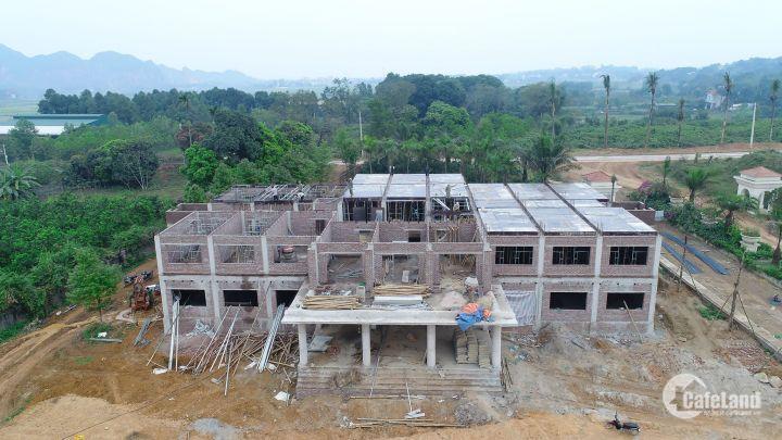 Chỉ với 2,8tr/m2 sở hữu ngay biệt thự view hồ tại siêu dự án Eco Valley resort. LH 0866035483