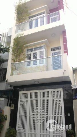 Bán nhà mặt tiền đường Mai Văn Vĩnh, Q.7. Diện tích 105m2. Giá 2,8 tỷ. Sổ hồng riêng. Lh 0334997754 gặp anh Kiệt