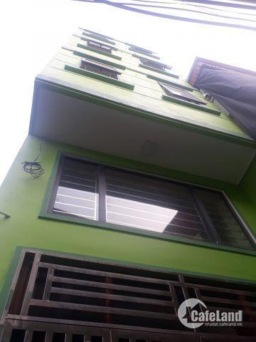 Nhà 4 tầng Tả Thanh Oai, 33m2, dân xây độc lập, tường 20, ô tô đỗ cạnh nhà, chỉ 1,36 tỷ. 0988781608