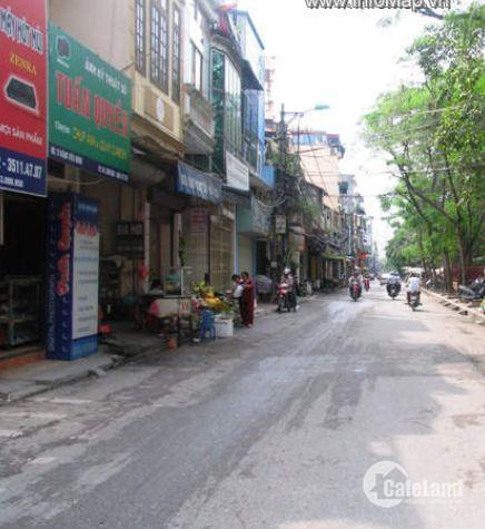 Cho thuê nhà phố Đặng Tiến Đông,70m2x4 tầng, 15tr/tháng