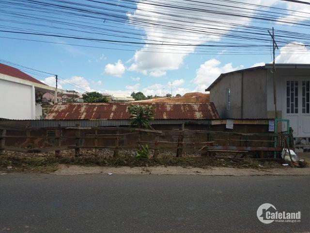 Bán lô đất mặt tiền đường Hai Bà Trưng, TP. Đà Lạt, 330m2, bán 15 tỷ, LH 0908748495