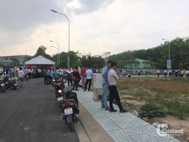 Bán đất mặt tiền trung tâm Hành Chính, Đã có sổ hồng riêng, DT 100m2, hỗ trợ vay