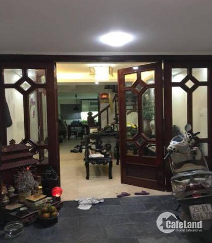 Bán nhà đẹp, phân lô ô tô chạy vòng quanh phố Kim Mã/ 9.7 tỷ