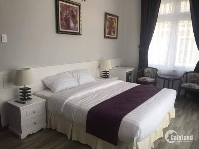 Bán khách sạn đường Nam Kỳ Khởi Nghĩa, TP Đà Lạt, 134m2, bán 40 tỷ. LH: 0908 74 84 95